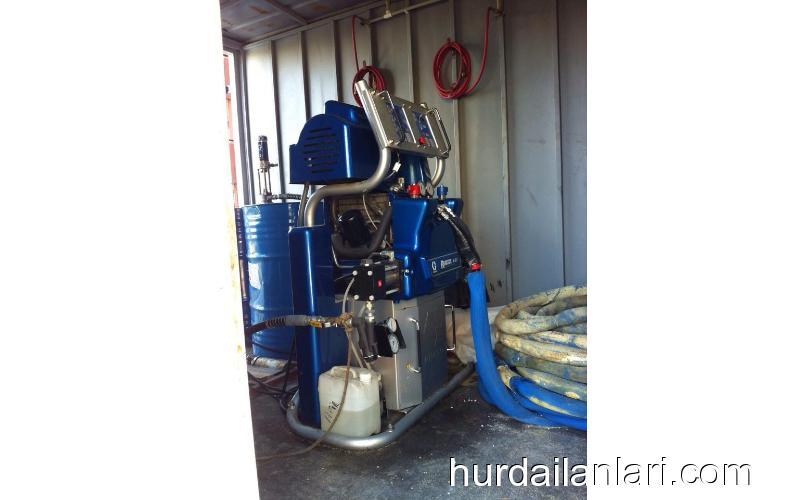 Poliüretan ve Poliurea Makinası Aracı ile birlikte